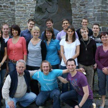 EhemaligenTreffen-2009_Seite_2_Bild_0002