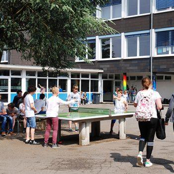 Gymnasium Lindlar Schulhof