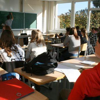 Gymnasium Lindlar Klassenraum
